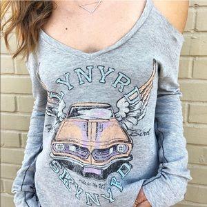 Tops - Lynyrd Skynyrd rock band tee size medium